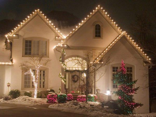 the christmas light pros christmas light hanging